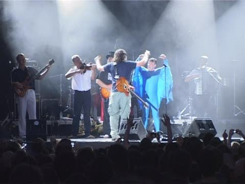 Emir Kusturica and The No Smoking Orchestra al Poble Espanyol